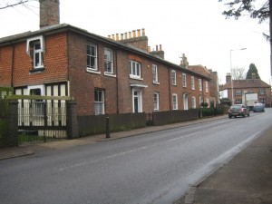 Row of cottages opposite St Stephen's Church 2015